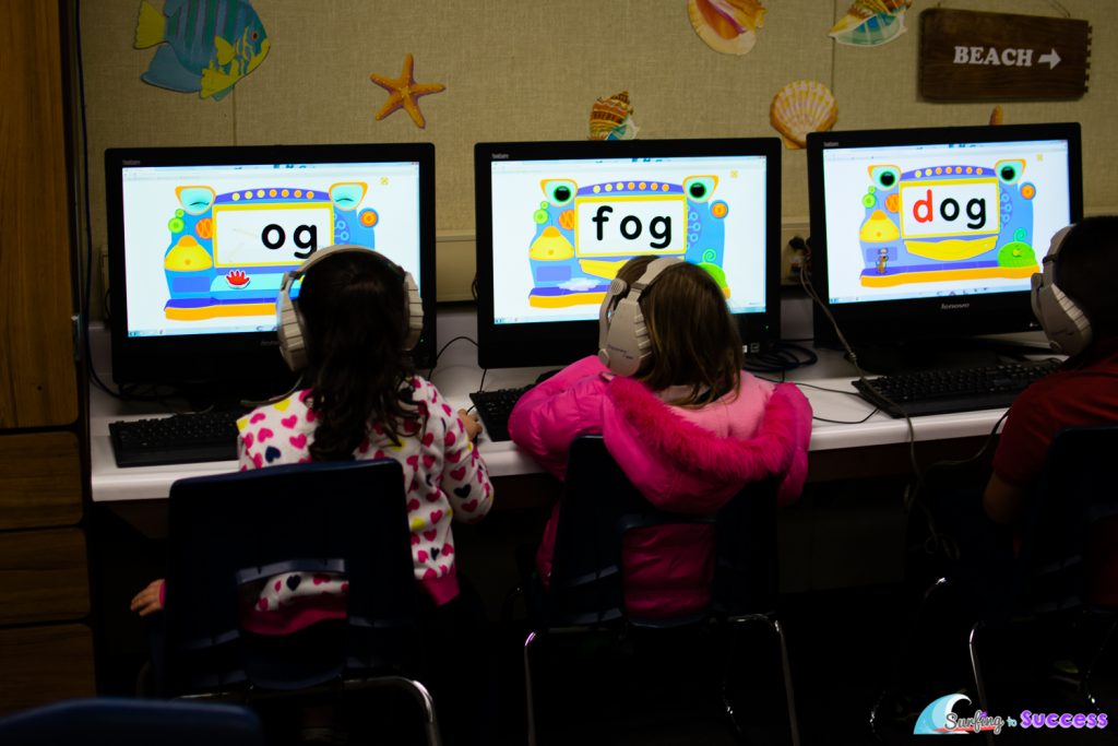 There are some great apps and websites to help Kindergarten and 1st grade students learn to read short vowel words.